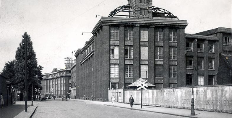Felten & Guilleaume building in Schanzenstrasse in 1951